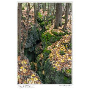 Slit Cave, Metcalfe Rock